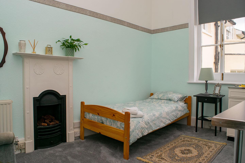 Overnight retreat Larch Suite sleeping area