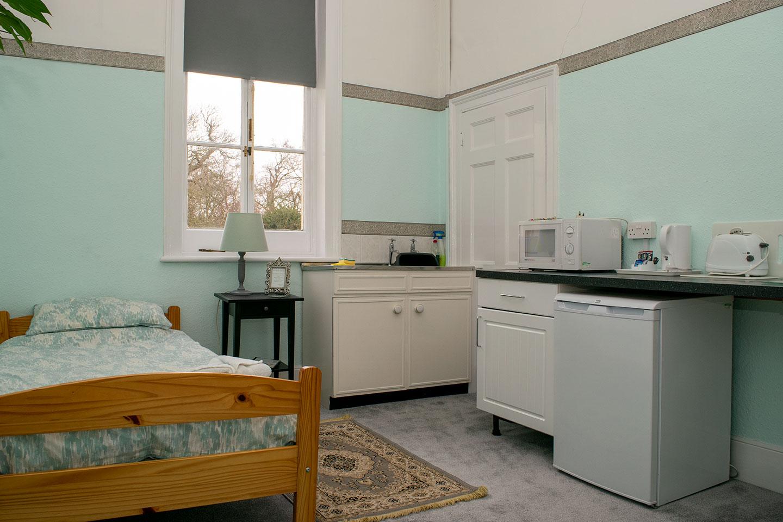 Overnight retreat Larch Suite kitchen area area